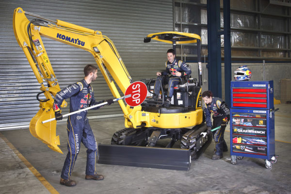 industrial photographer brisbane komatsu red bull gear wrench main image feature